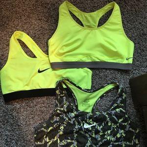 Nike pro sports bra bundle